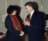 rotraud-a-perner_1992_ silb-ehrenzeichen